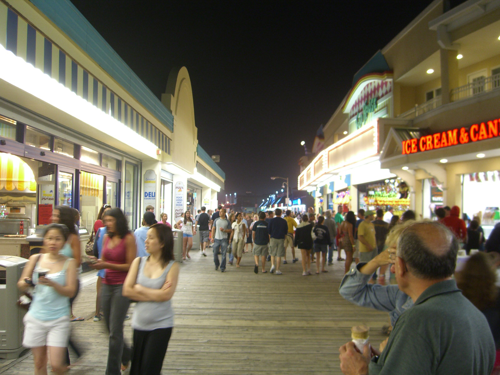 hispanic singles in point pleasant Located in point pleasant beach, 08 mi from jenkinson's boardwalk, driftwood motel has a number of amenities including a private beach area and free wifi.