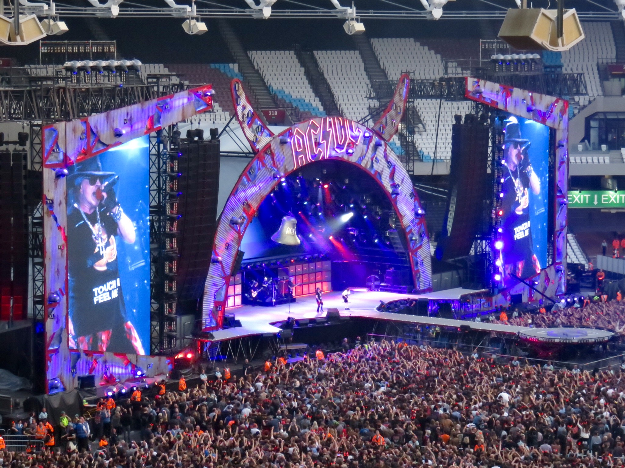 AC DC With Axl Rose Performing The First Concert At Olympic Stadium 4 June 2016
