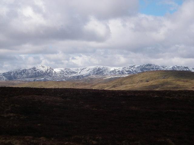 File:Aran Fawddwy (906m) from Allt yr Eryr - geograph.org.uk - 1017752.jpg
