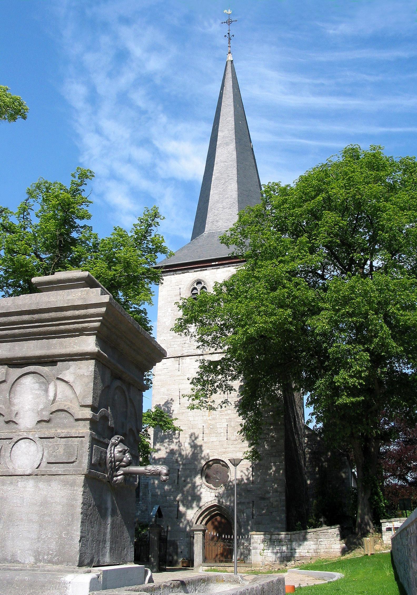 Église Notre-Dame de Dieupart - la tour carrée