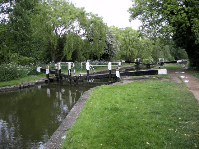 Berkhamsted-Grand Union Canal - geograph.org.uk - 1309343