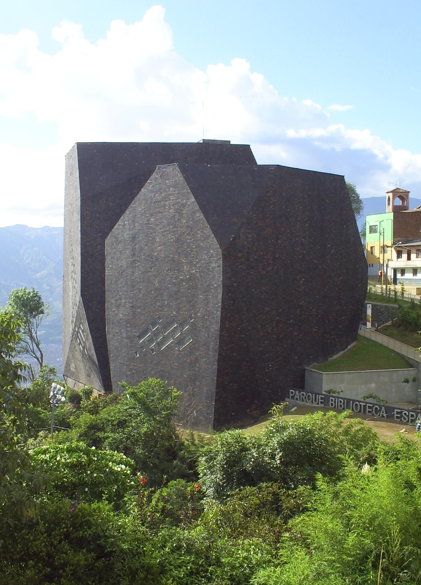 File Biblioteca Espana 3 Medellin Jpg Wikimedia Commons