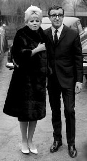 English: Britt Ekland and Peter Sellers 1964. ...