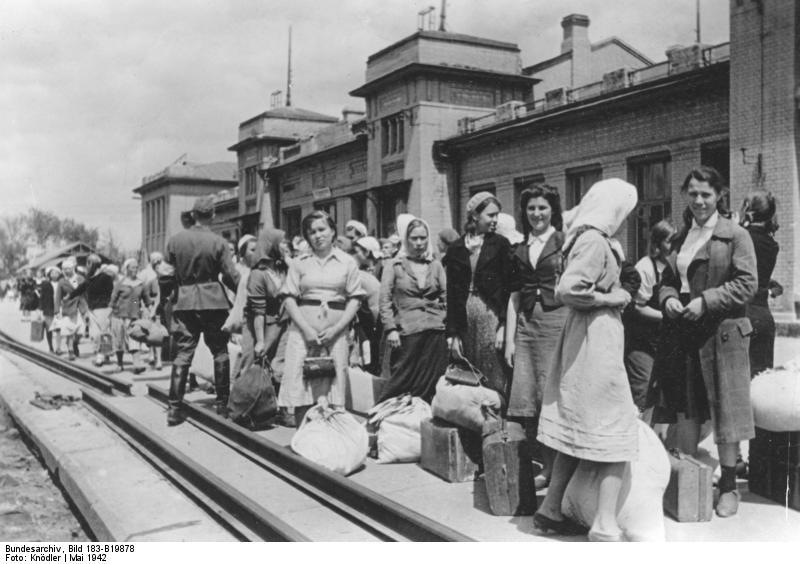 Сколько граждан СССР были угнаны на работу в Третий рейх