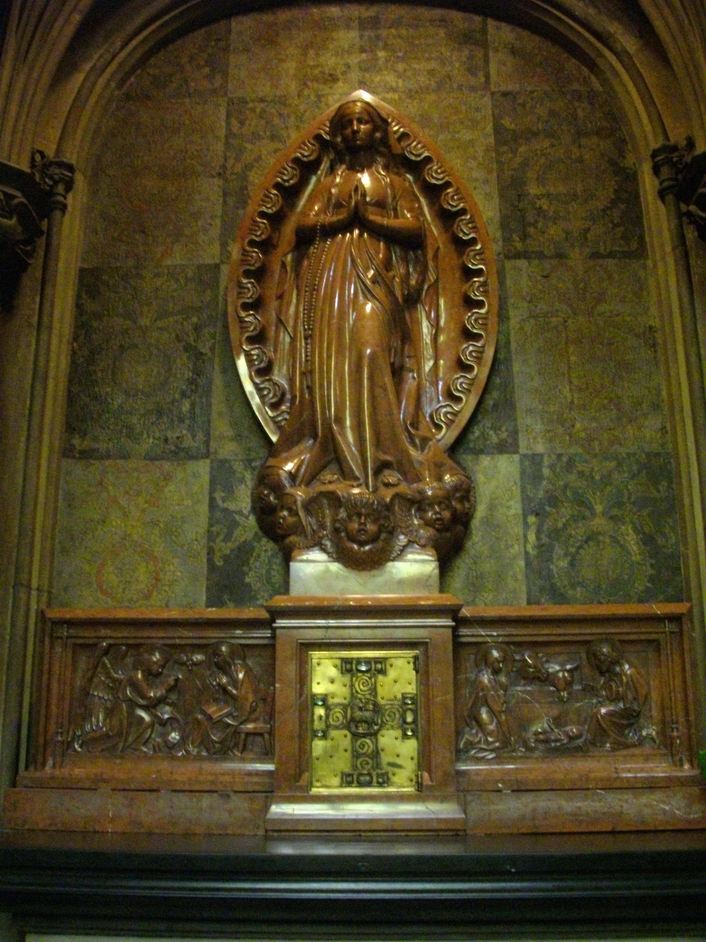 File:Cathédrale de Metz - intérieur (07).JPG - Wikimedia Commons