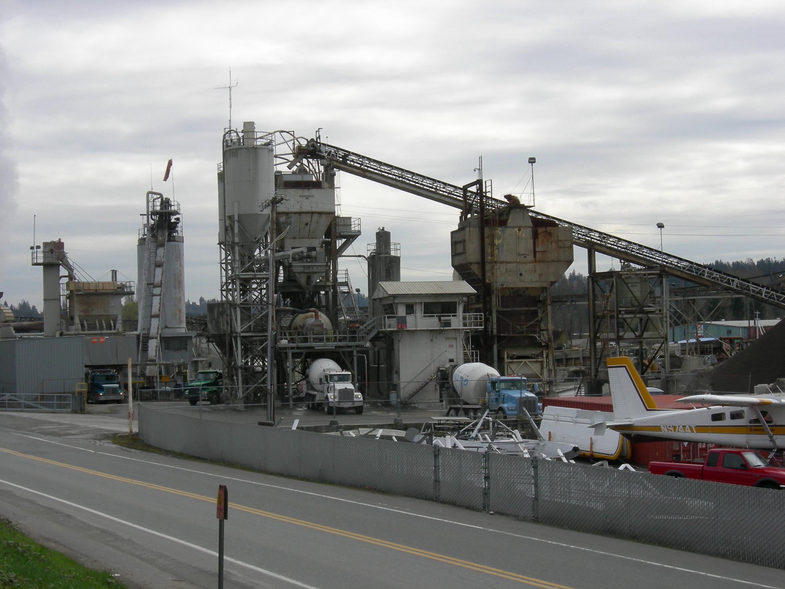 Concrete Production Plant : File cement plant g wikimedia commons