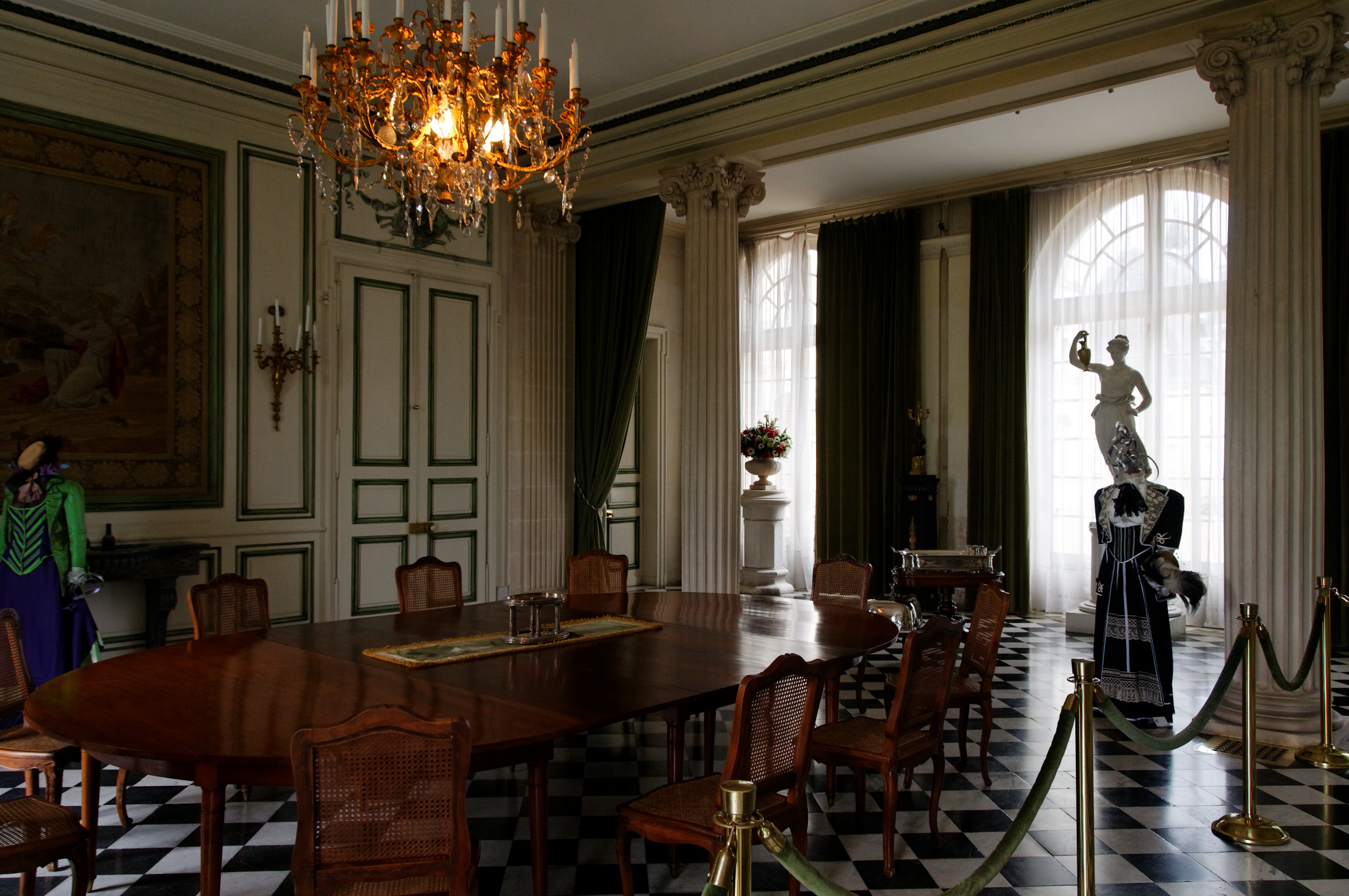 File ch teau de valen ay salle wikimedia commons - Commode salle a manger ...