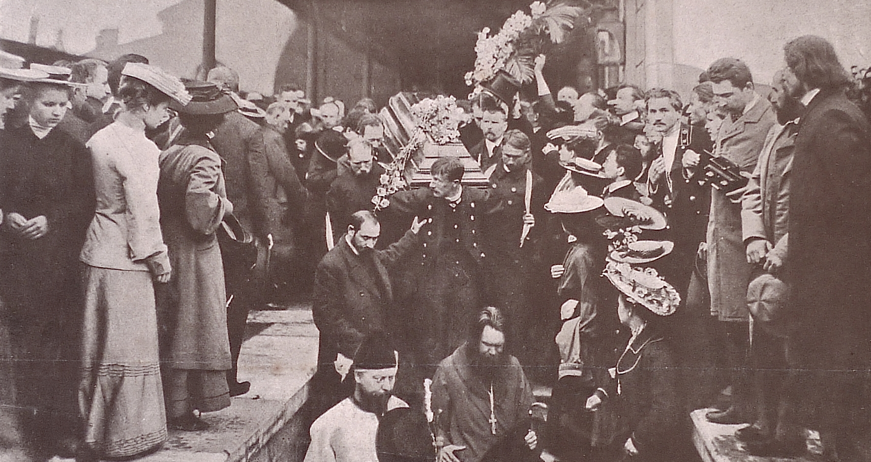 https://upload.wikimedia.org/wikipedia/commons/7/7f/Chekhov_funeral.jpg