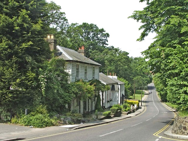 File:Church Hill, Winchmore Hill - geograph.org.uk - 182830.jpg ...