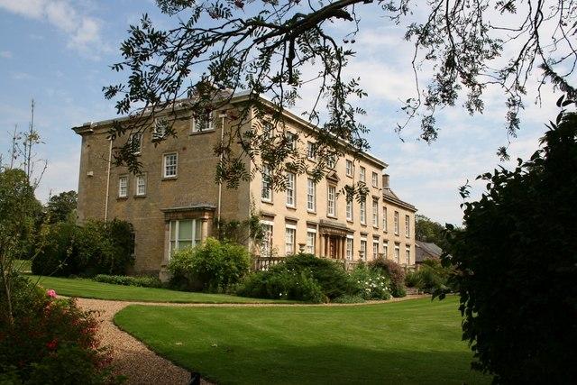 Cranford Hall - geograph.org.uk - 533901