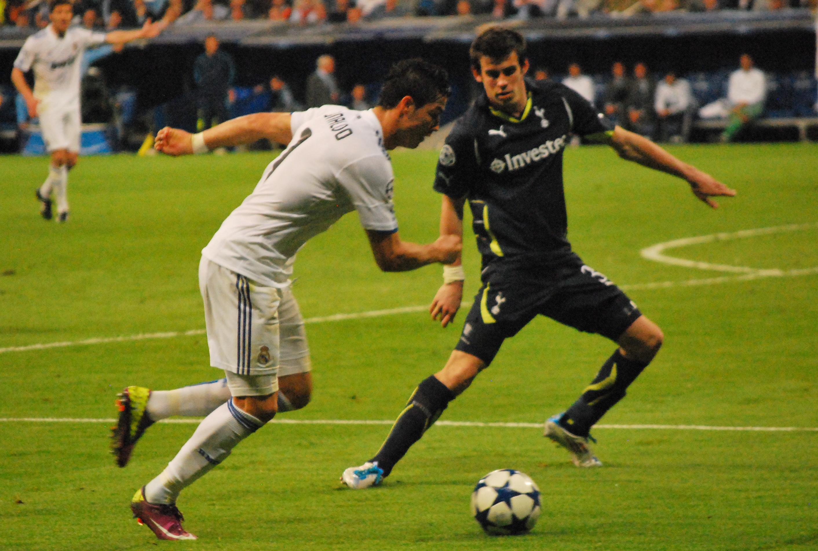 Ronaldo em partida da Liga dos Campeões da UEFA de 2010-11 d4dc963b791e2