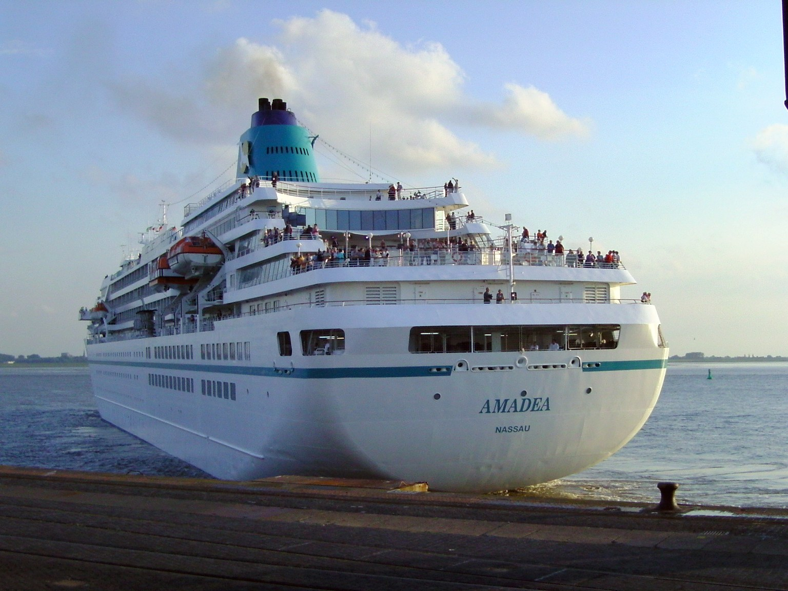FileCruise Ship Amadea Jpg Wikimedia Commons - Cruise ship amadea
