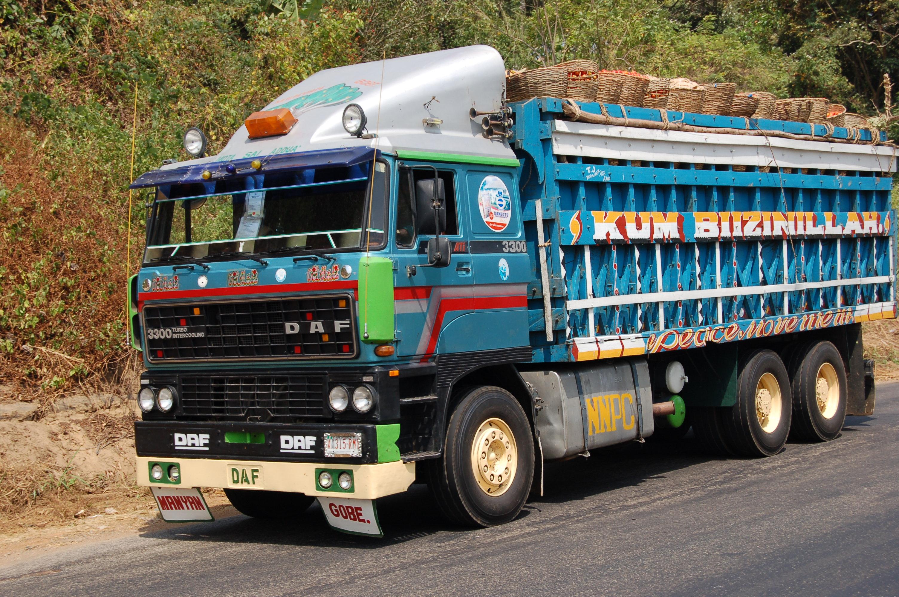 File:DAF truck in Nigeria.jpg - Wikimedia Commons
