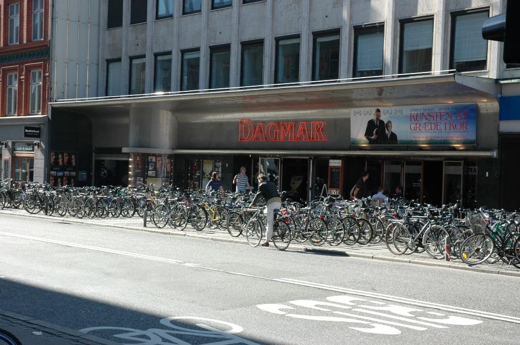 fluer wiki Nordisk Film biografer Dagmar