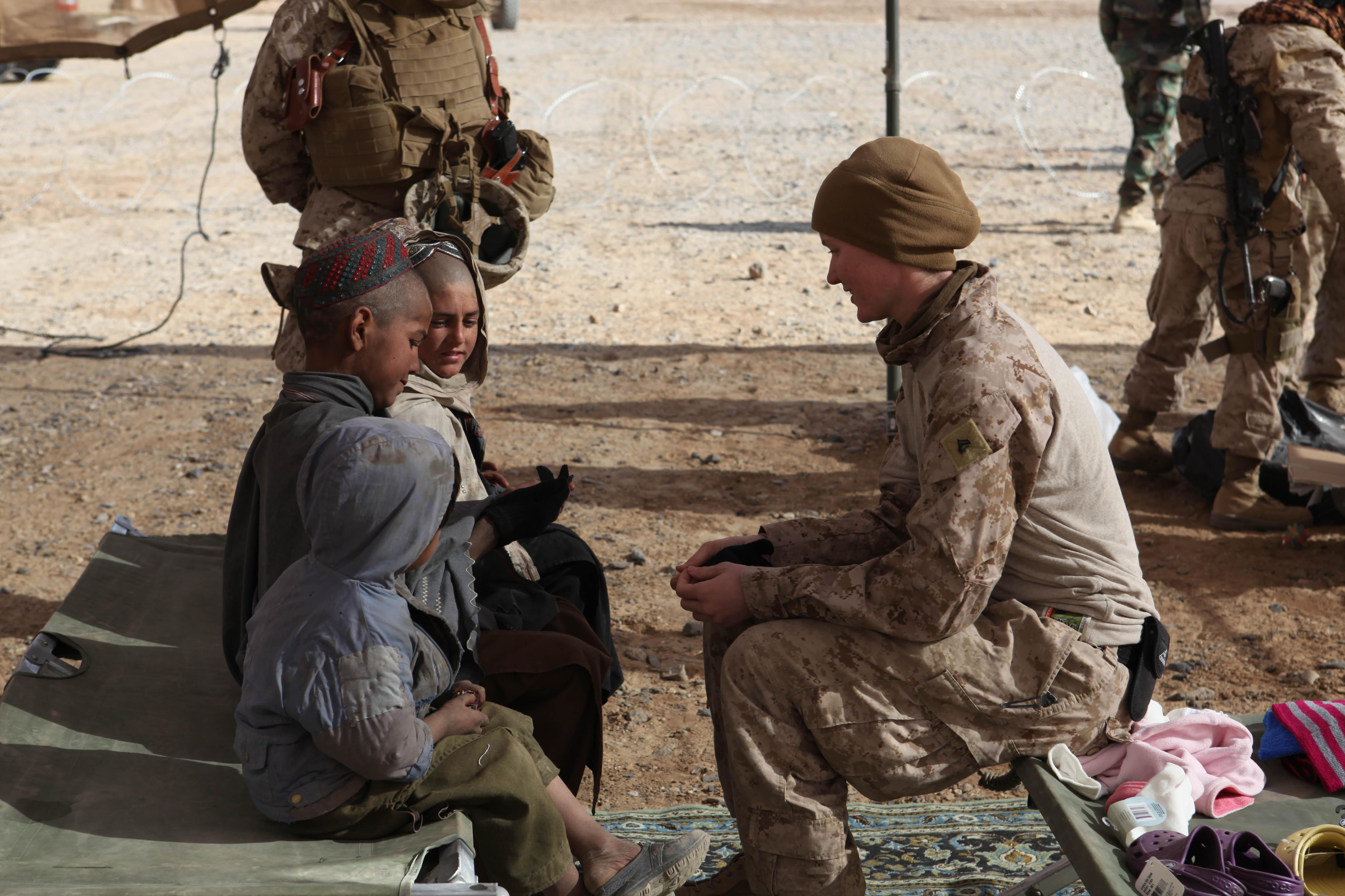File:Defense.gov News Photo 101228-M-1392C-085 - U.S. Marine Corps ...