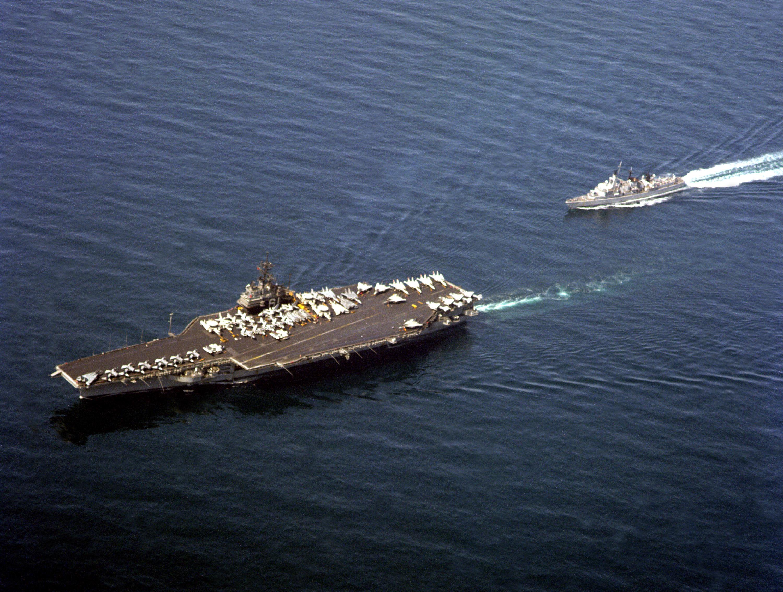 file dutch frigate f812 jacob van heemskerck approaches astern of the aircraft carrier uss