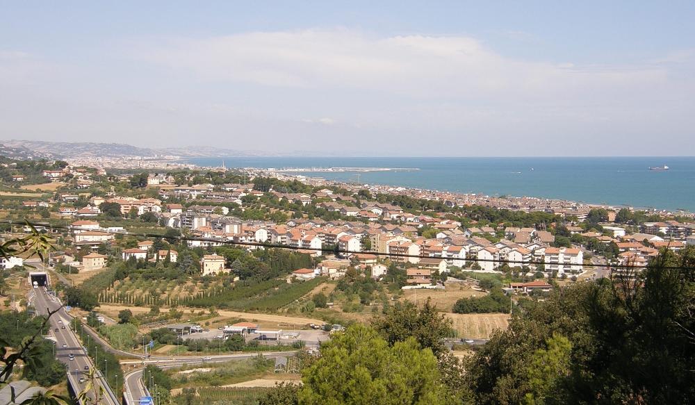 Francavilla al mare wikiwand for Mobilia arredamenti francavilla al mare