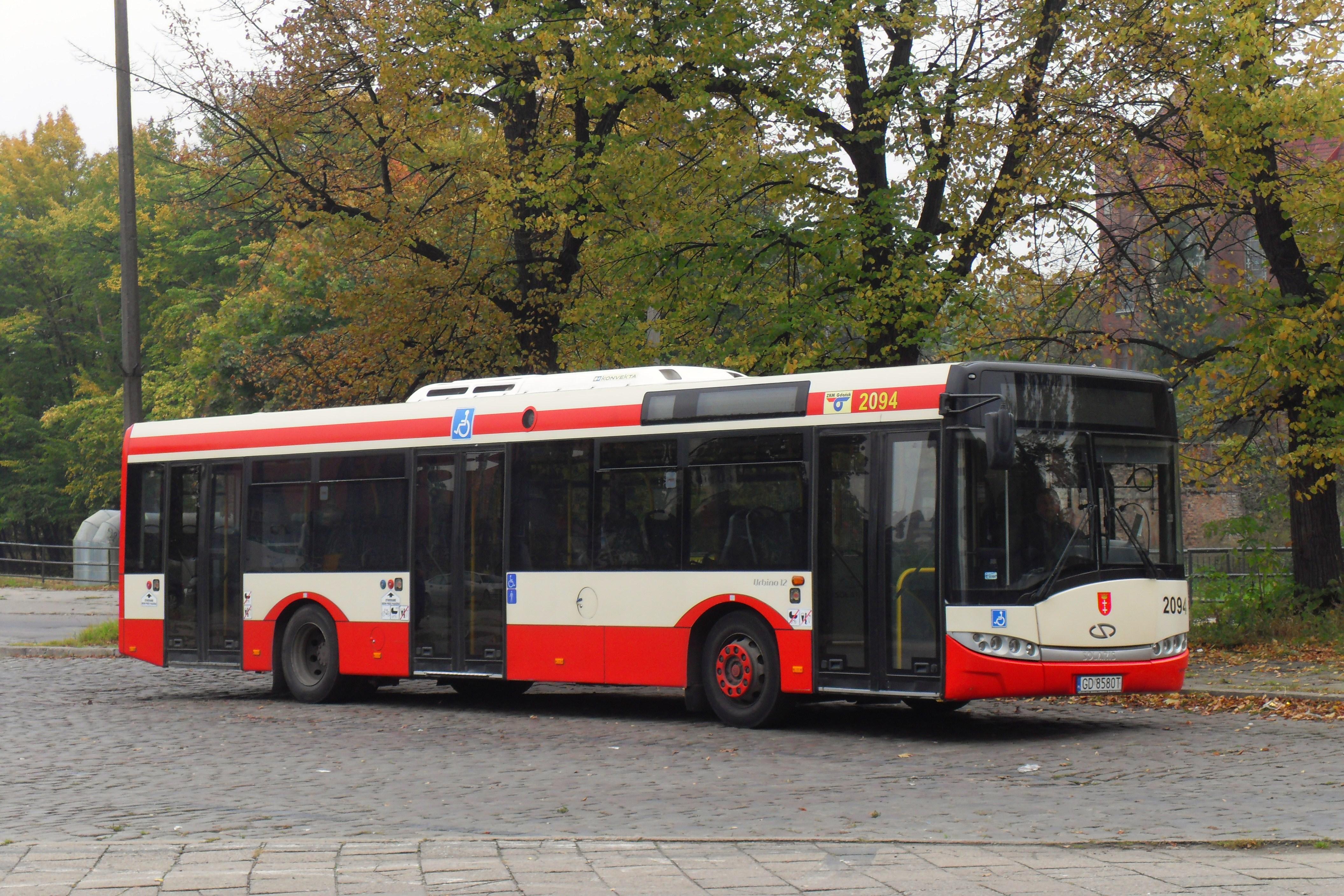 W Mega File:Gdańsk Śródmieście autobus Solaris.jpg - Wikimedia Commons JT72