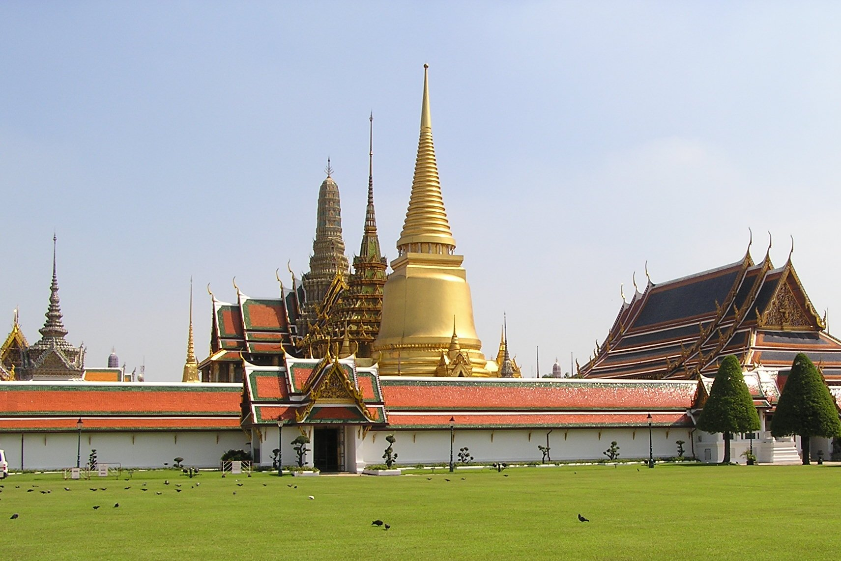 File:Grand Palace Bangkok.jpg - Wikipedia