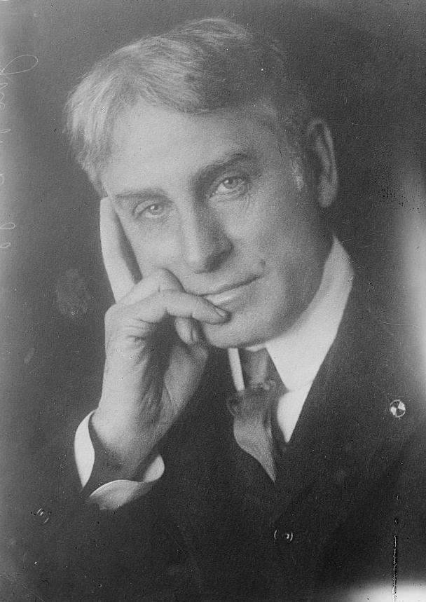 John W . Griggs