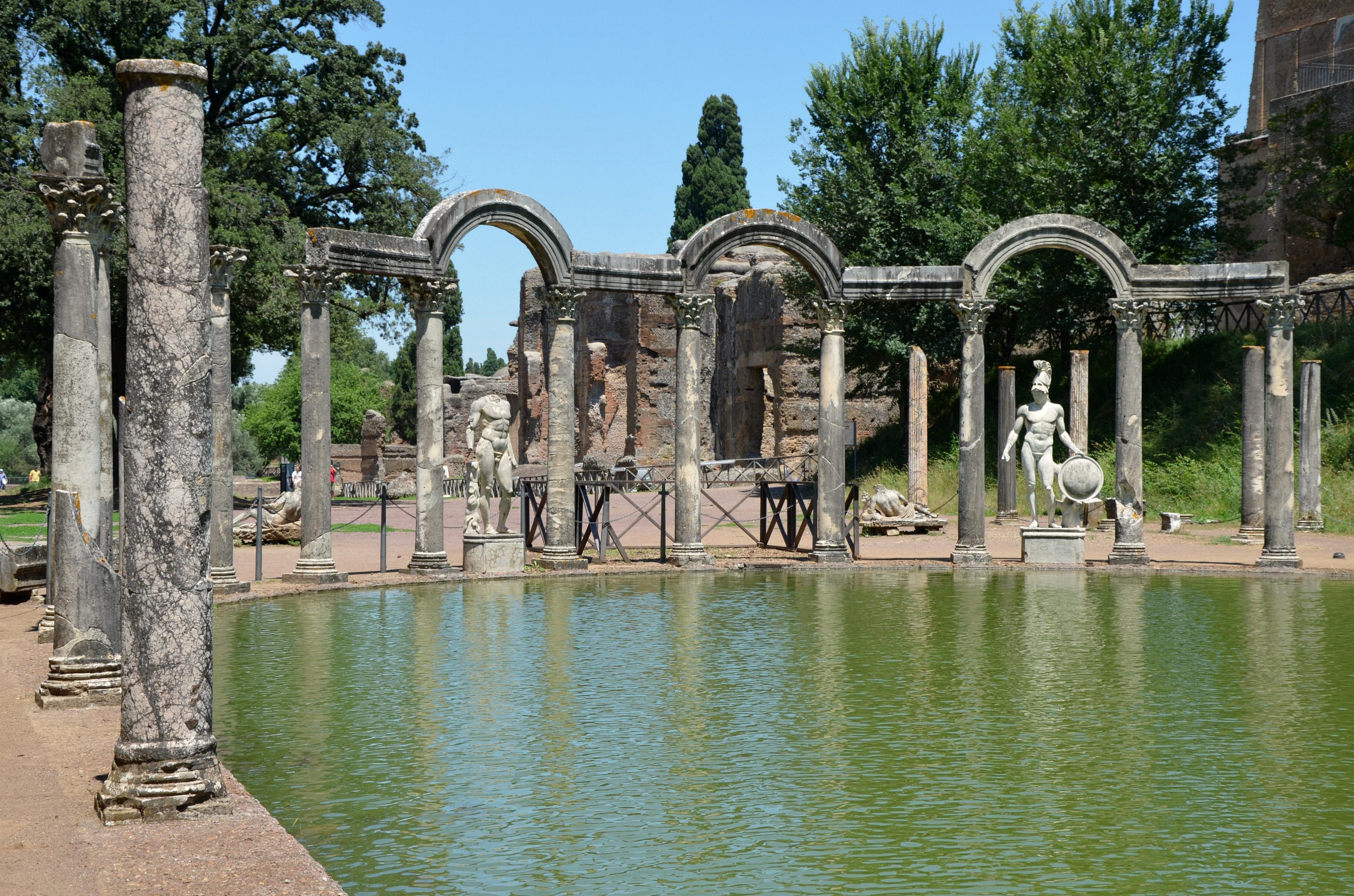File:Hadrian's Villa, Tivoli (24267919438).jpg - Wikipedia