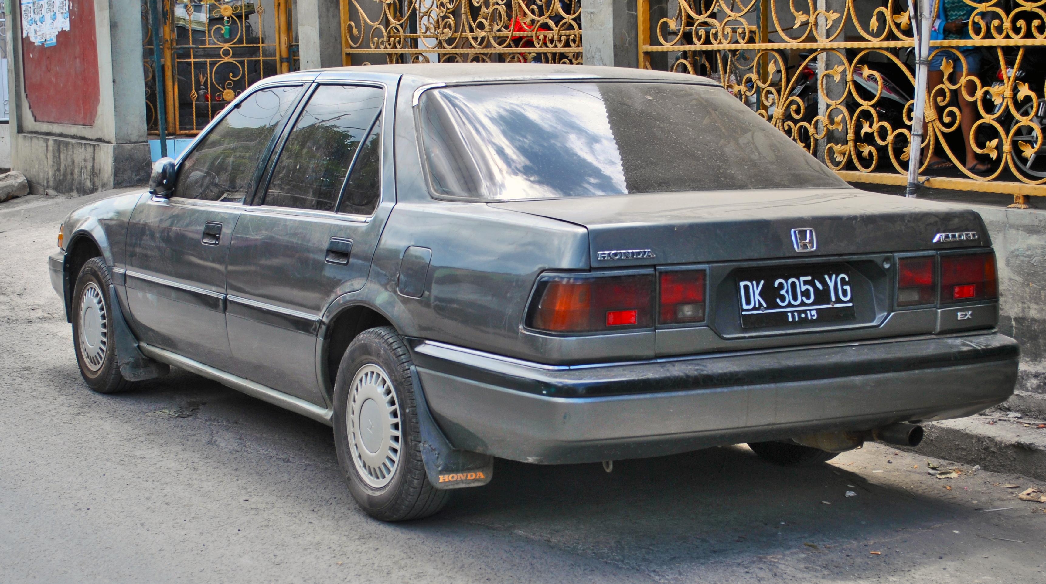 File:Honda Accord Prestige (rear), Denpasar.jpg ...