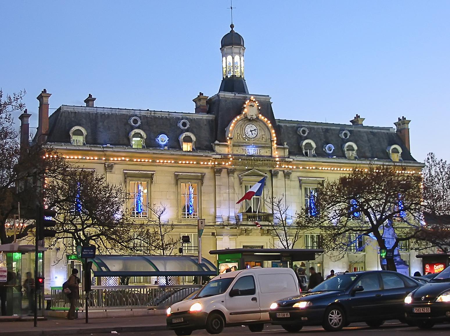 F Hotel Saint Denis