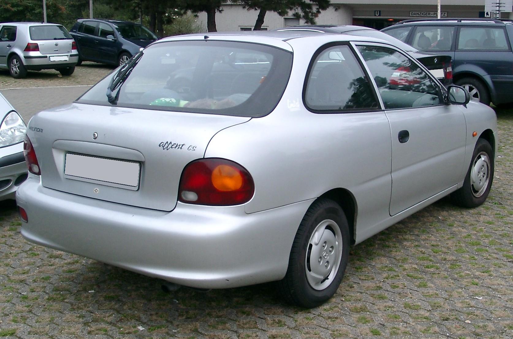File Hyundai Accent Rear 20071102 Jpg Wikimedia Commons