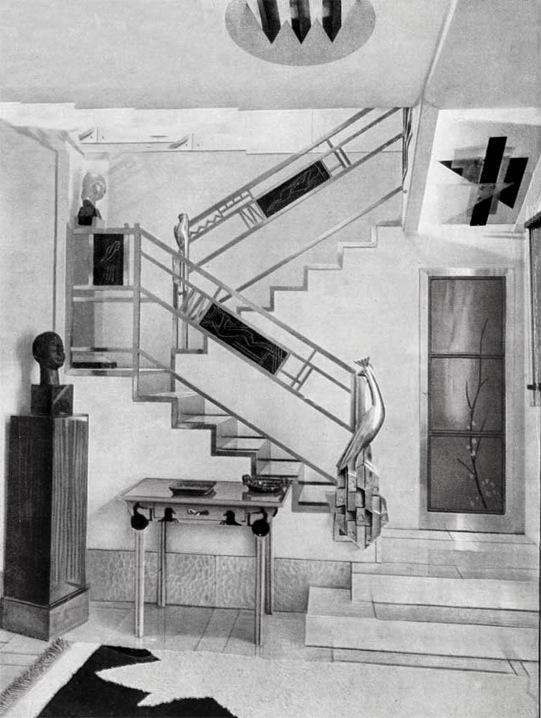 Jacques Doucet%27s h%C3%B4tel particulier stairs, 33 rue Saint-James, Neuilly-sur-Seine, 1929 photograph by Pierre Legrain.jpg
