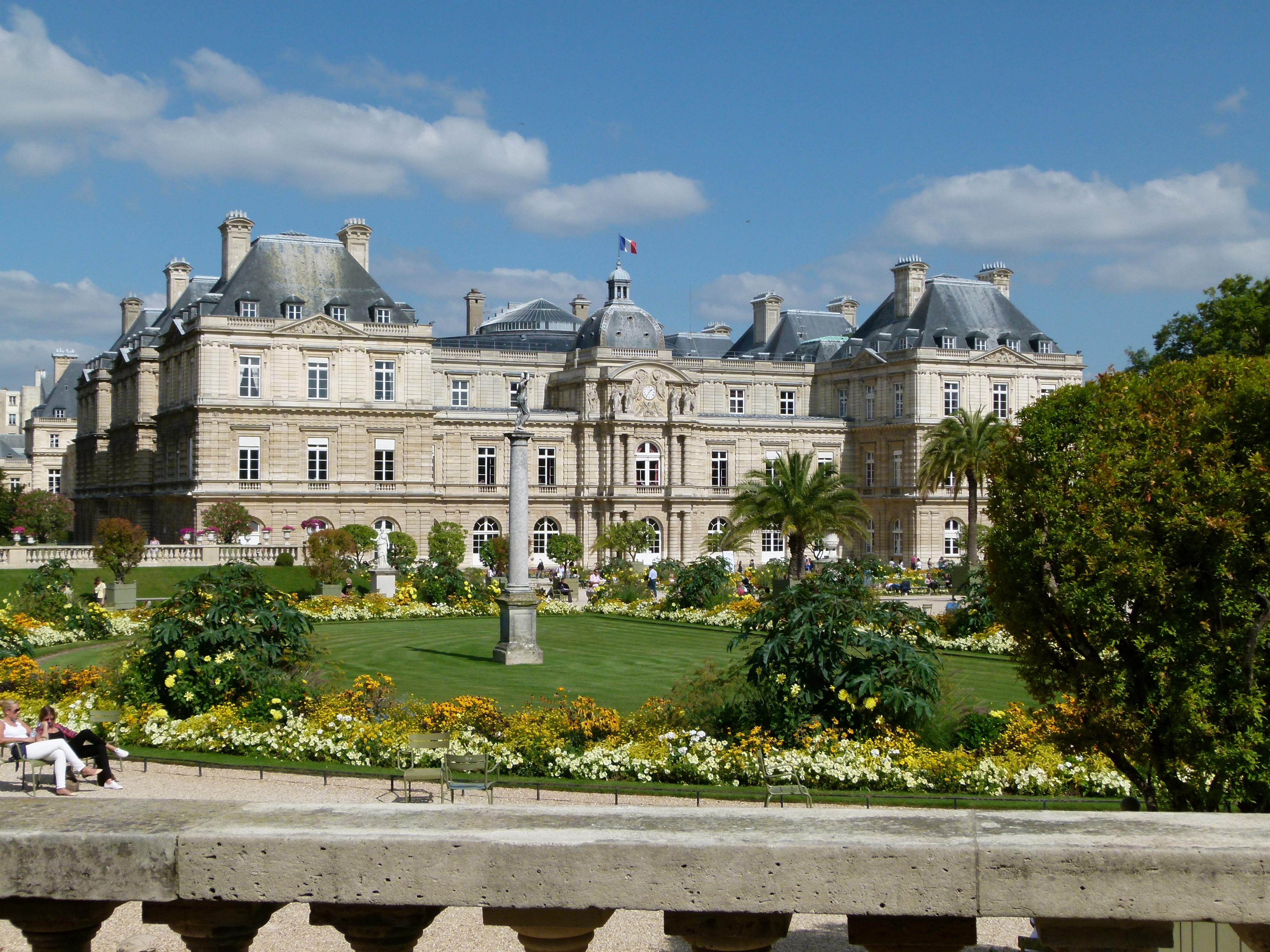 File Jardin du Luxembourg Le Sénat JPG Wikimedia mons