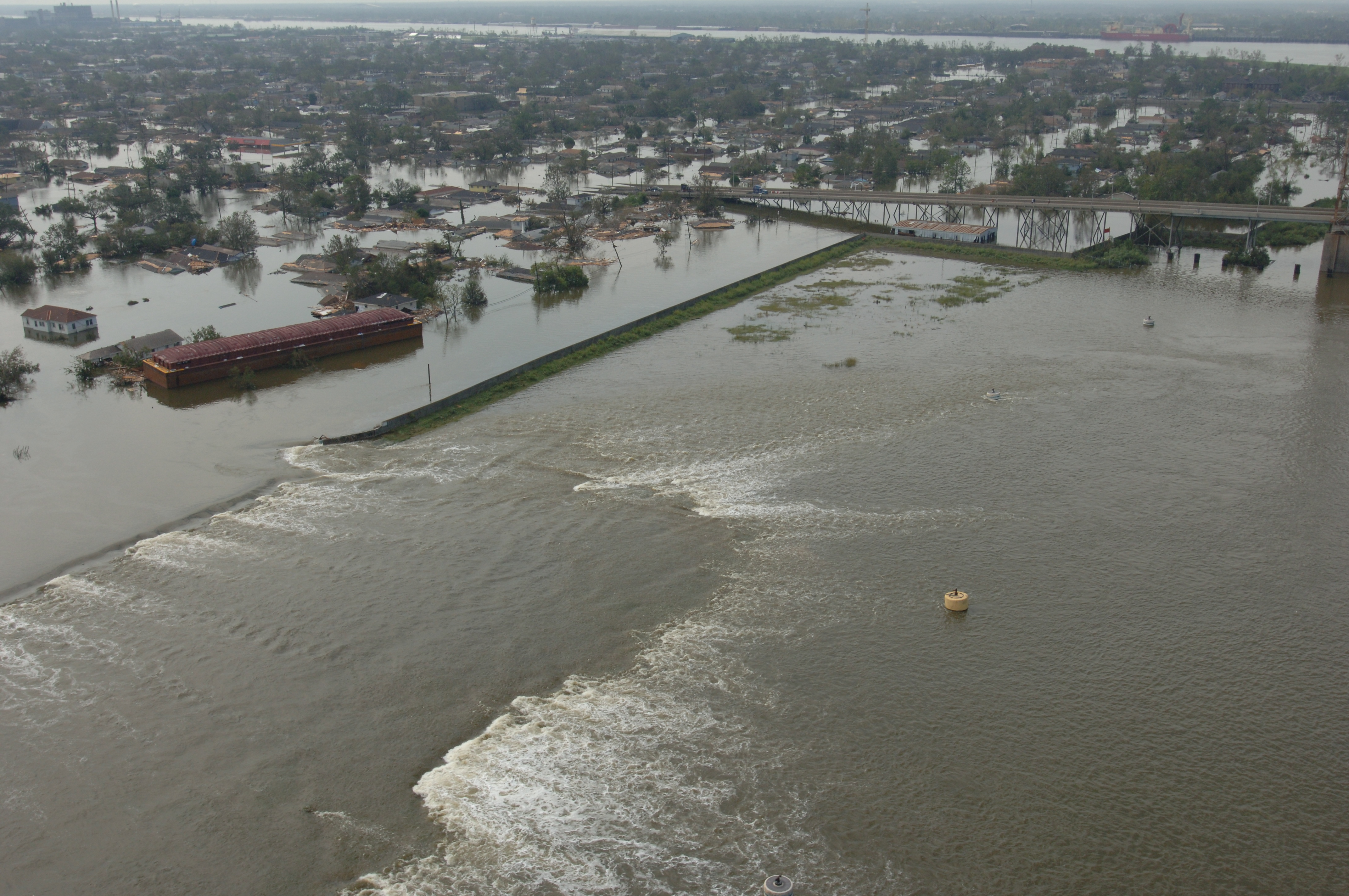 levee and new orleans During hurricane katrina, overtopping water caused erosion and subsequent  failure of several sections of i-type flood walls in new orleans erosion stemmed .