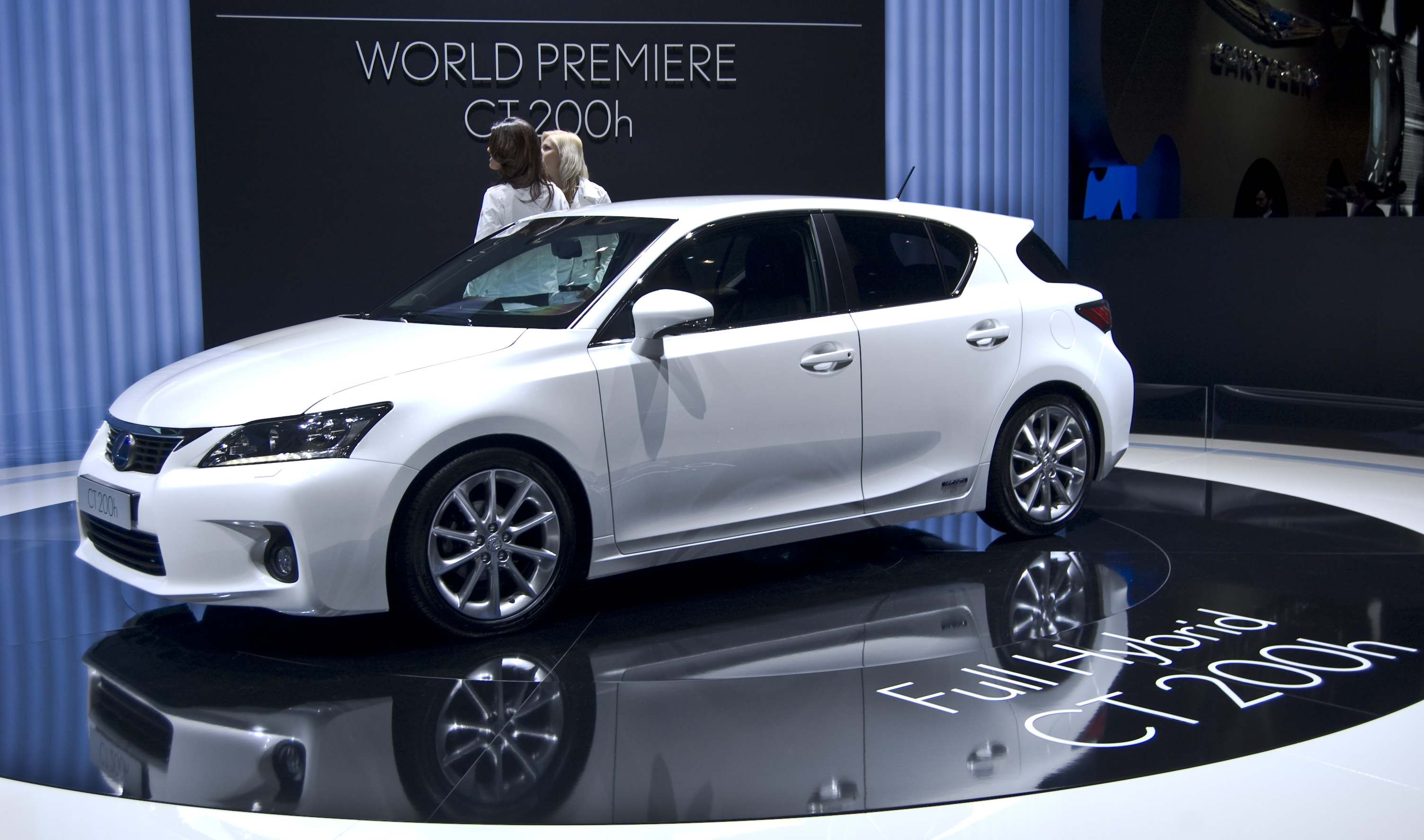 file lexus ct 200h geneva wikimedia commons. Black Bedroom Furniture Sets. Home Design Ideas