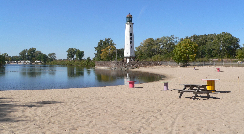 Beautiful Lake Beaches Near Ne