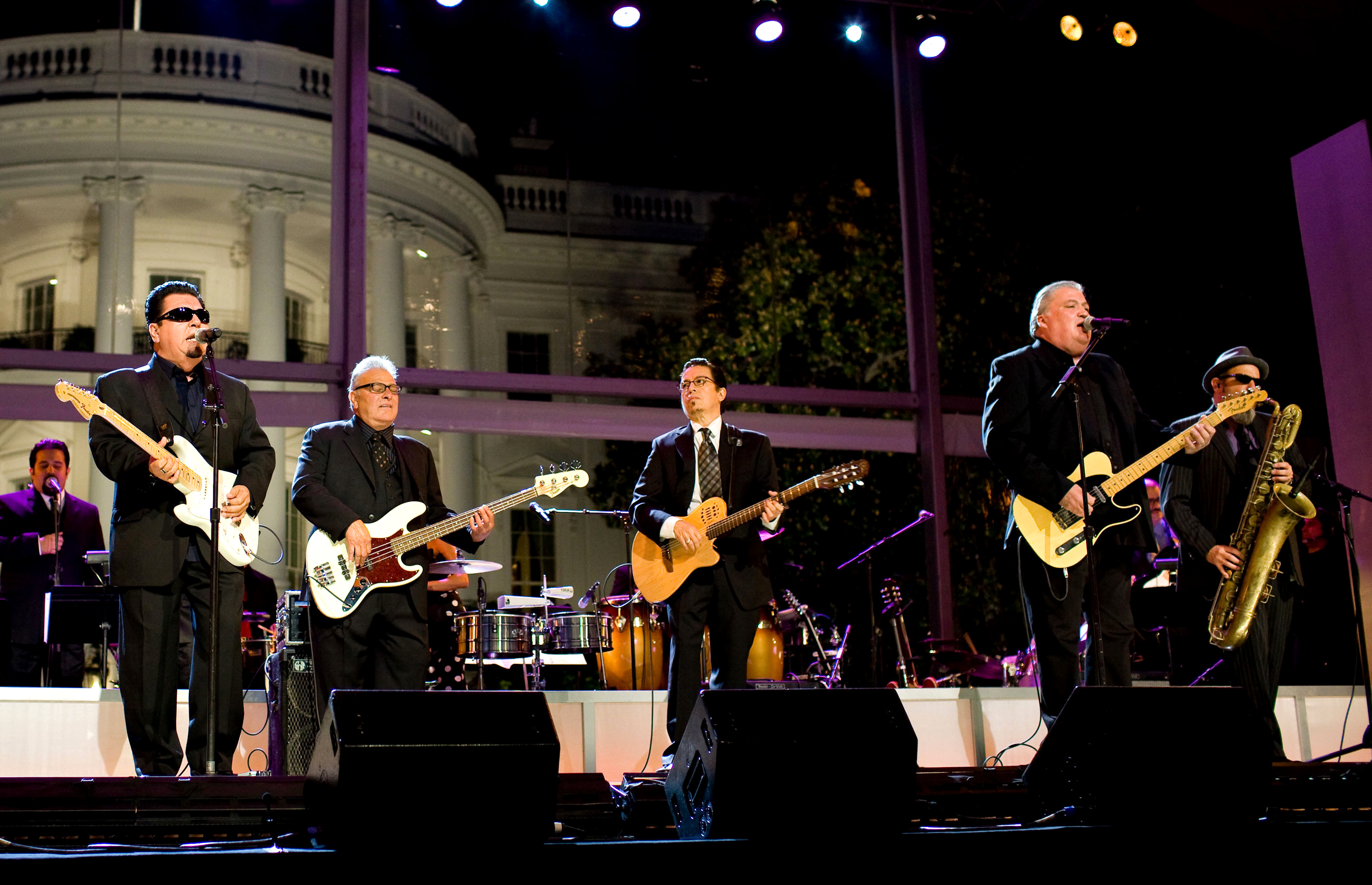 File:Los Lobos at the White House.jpg - Wikimedia Commons