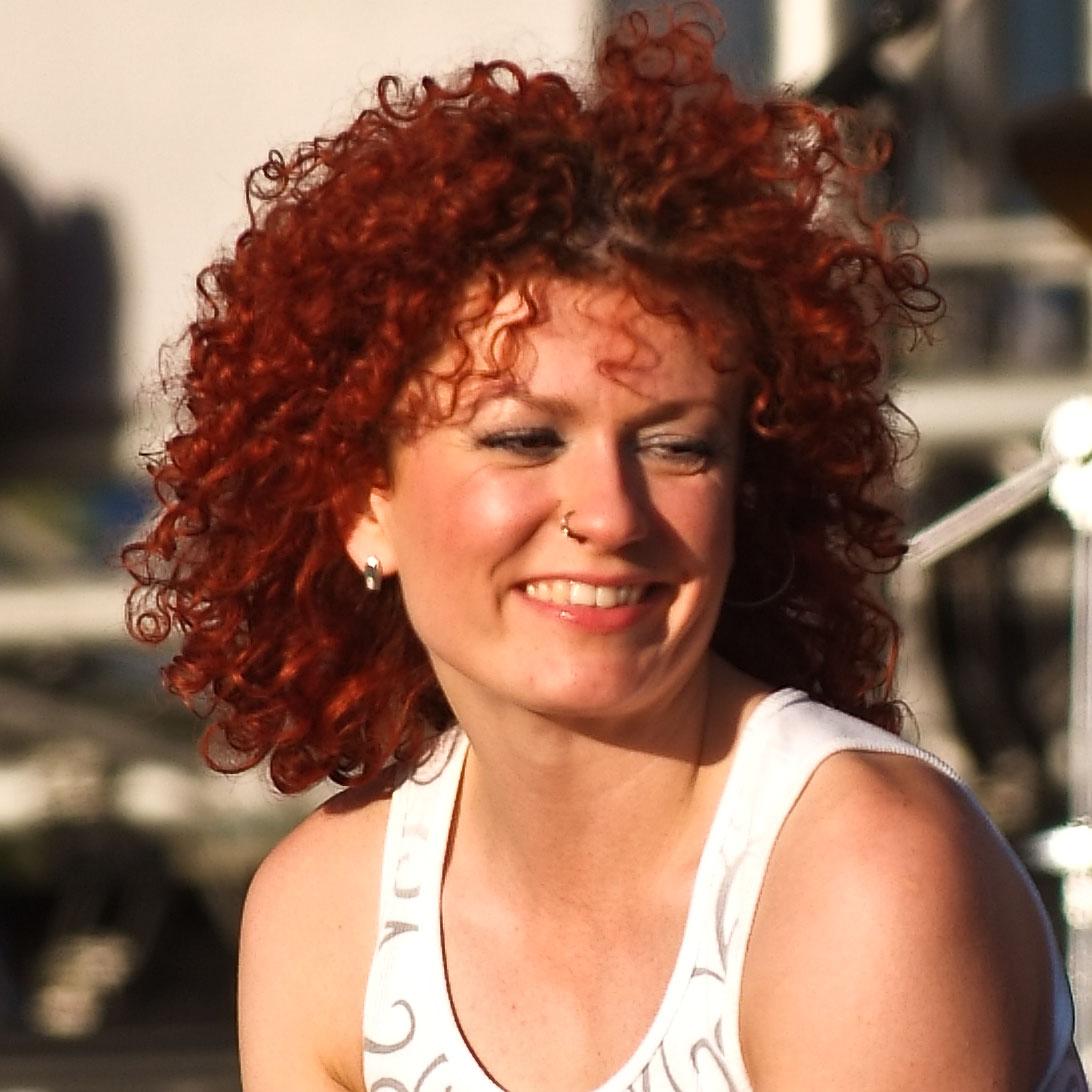 Description Lucy Diakowska 2.jpg