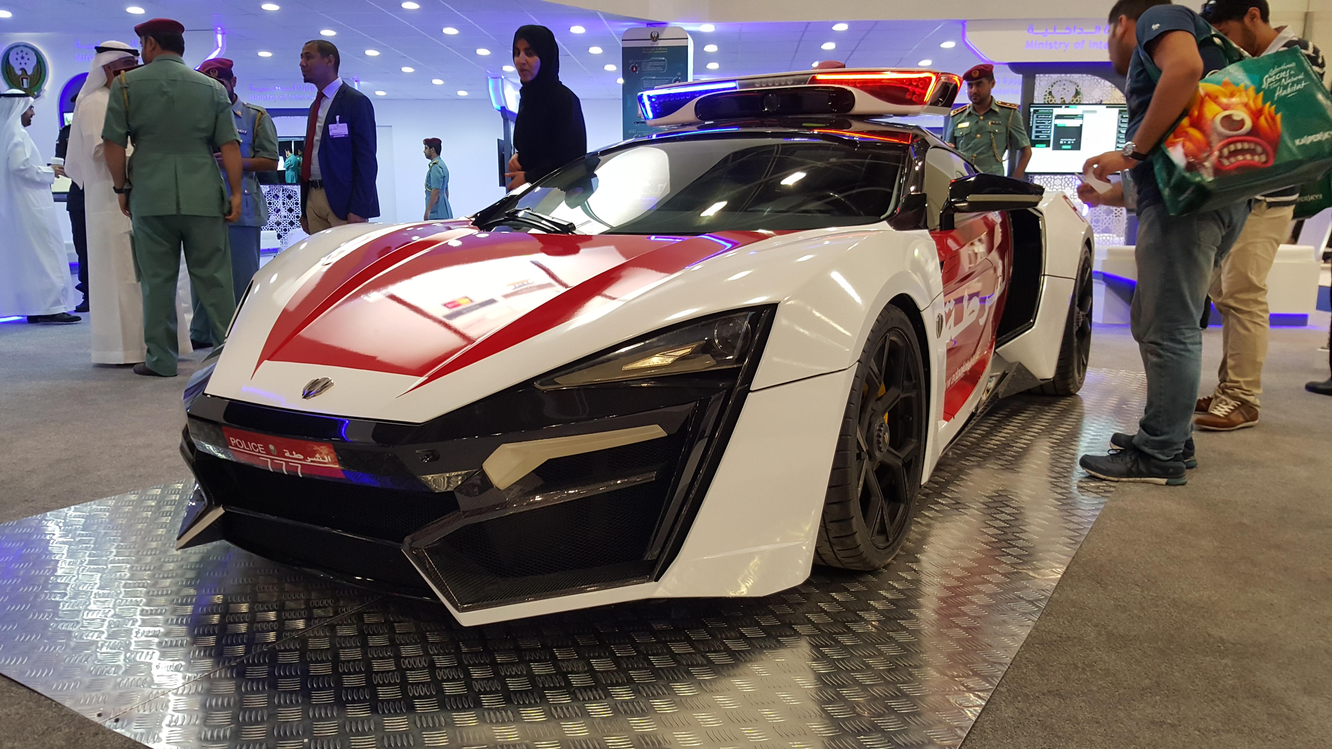 Abu Dhabi Car Rental Avis
