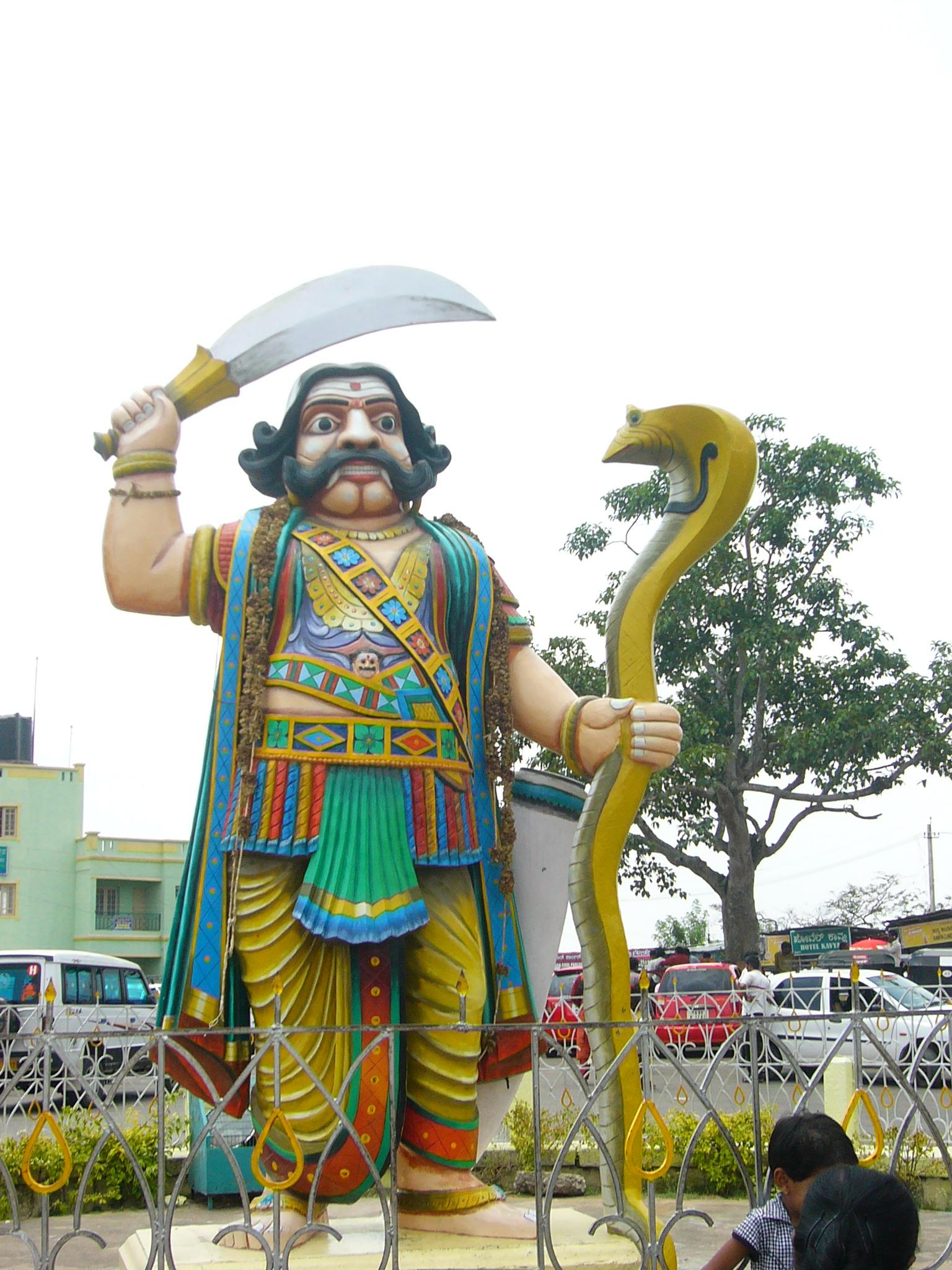 File:Mahishasura Statue Chamundesvari Temple - Uploaded By Debpratim De.JPG