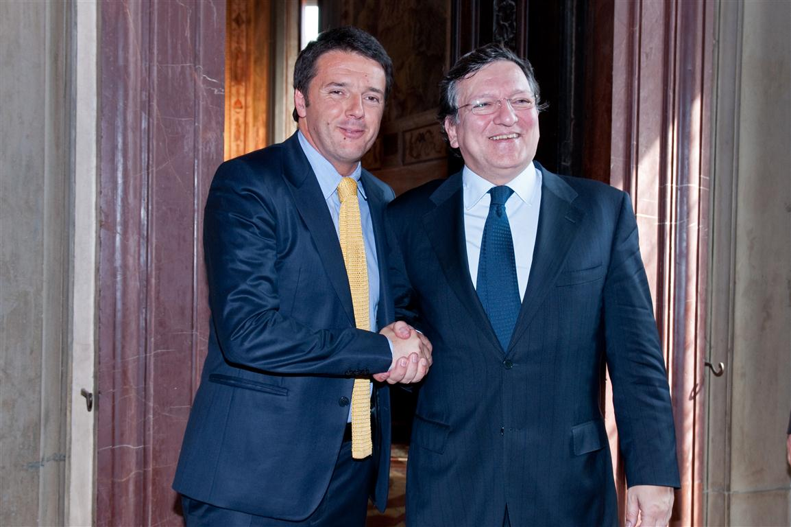 https://upload.wikimedia.org/wikipedia/commons/7/7f/Matteo_Renzi_and_Jos%C3%A9_Manuel_Barroso_2013.jpg