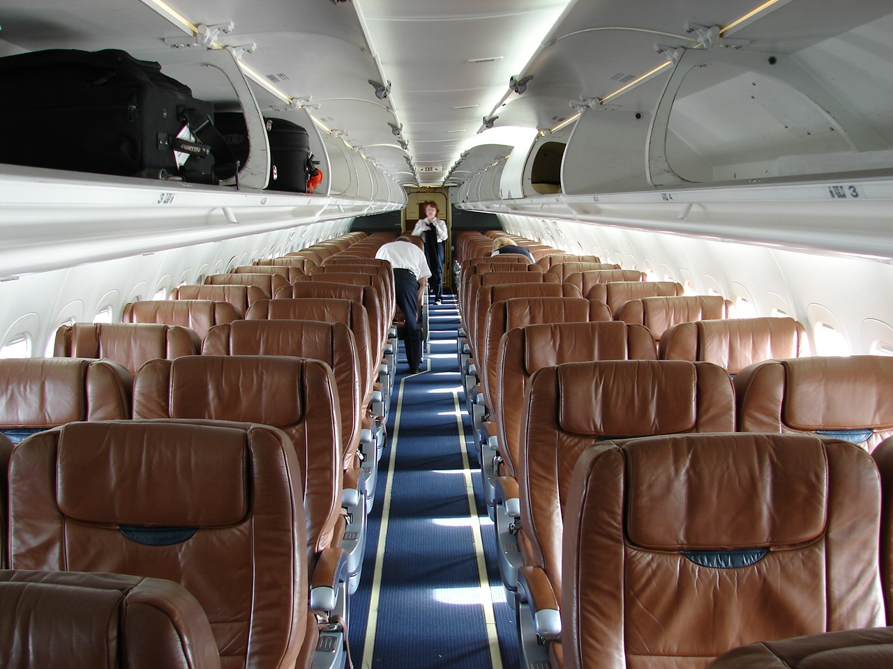 File Midwest Airlines Boeing 717 Interior 4044024153 Jpg