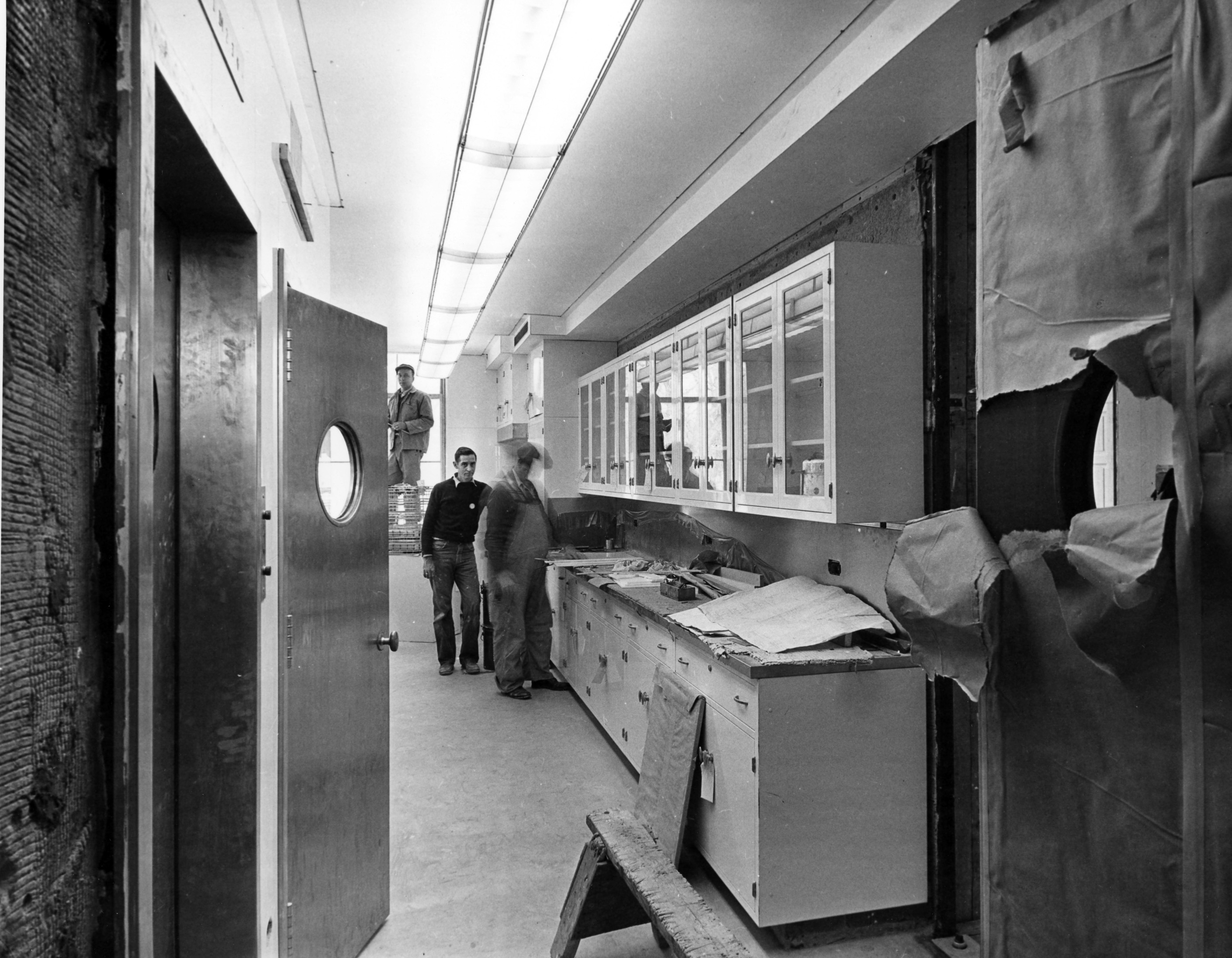 Renovation, 01/23/1952 General notes: North view inside the pantry on the first floor kitchen of the White House during the renovation