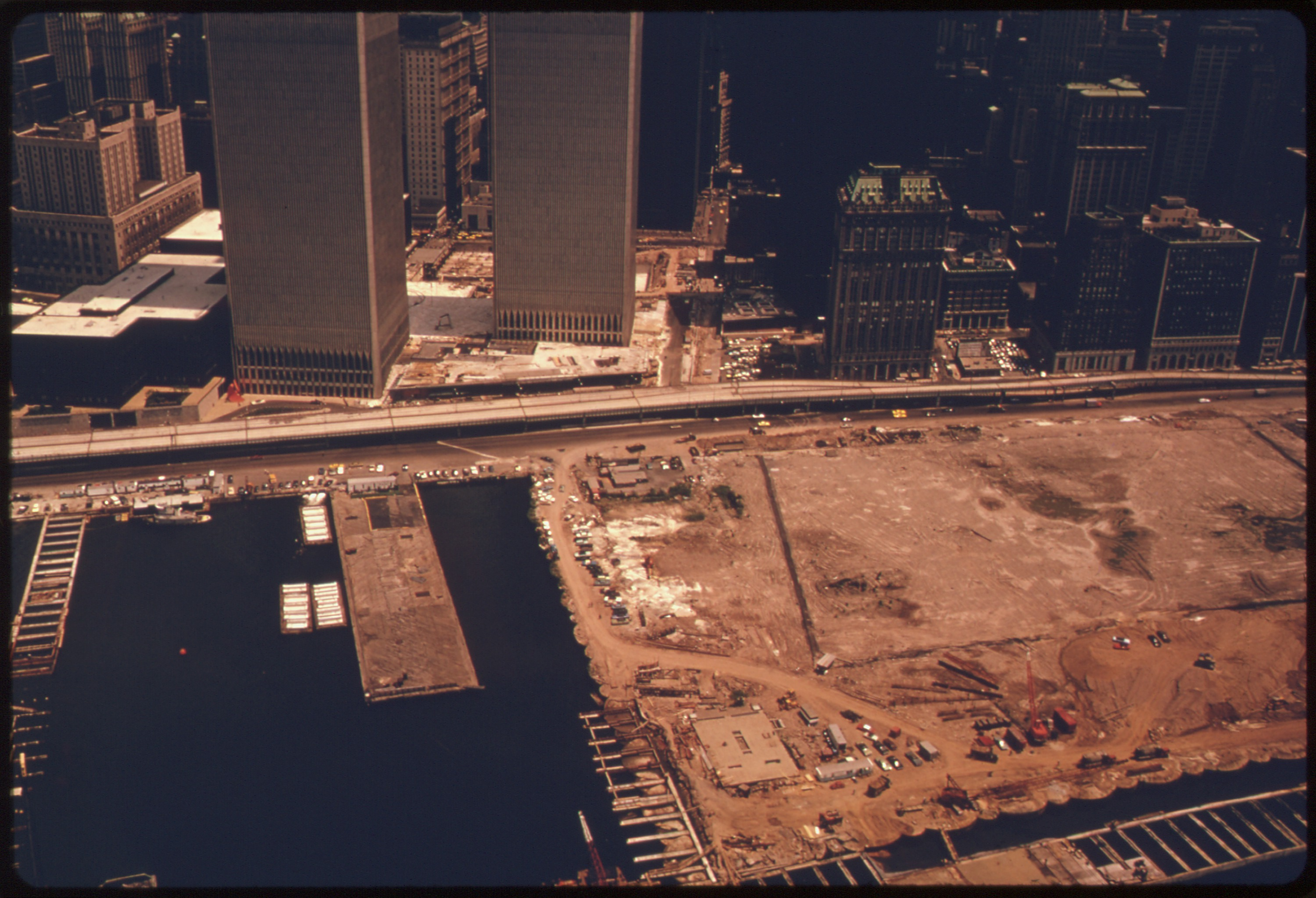 File One Example Of Landfill In Manhattan New York Is This Site For