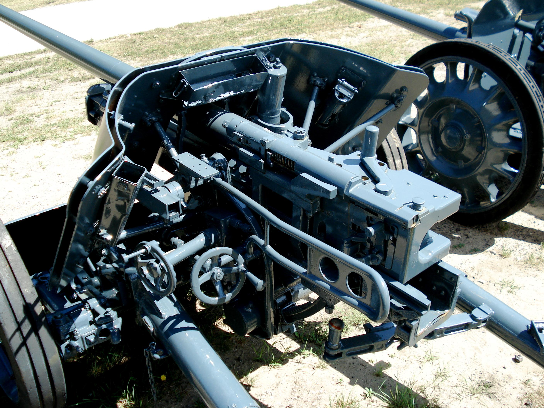 German 50 Mm Anti Tank Gun: File:Pak38 Cfb Borden 2006 2.jpg