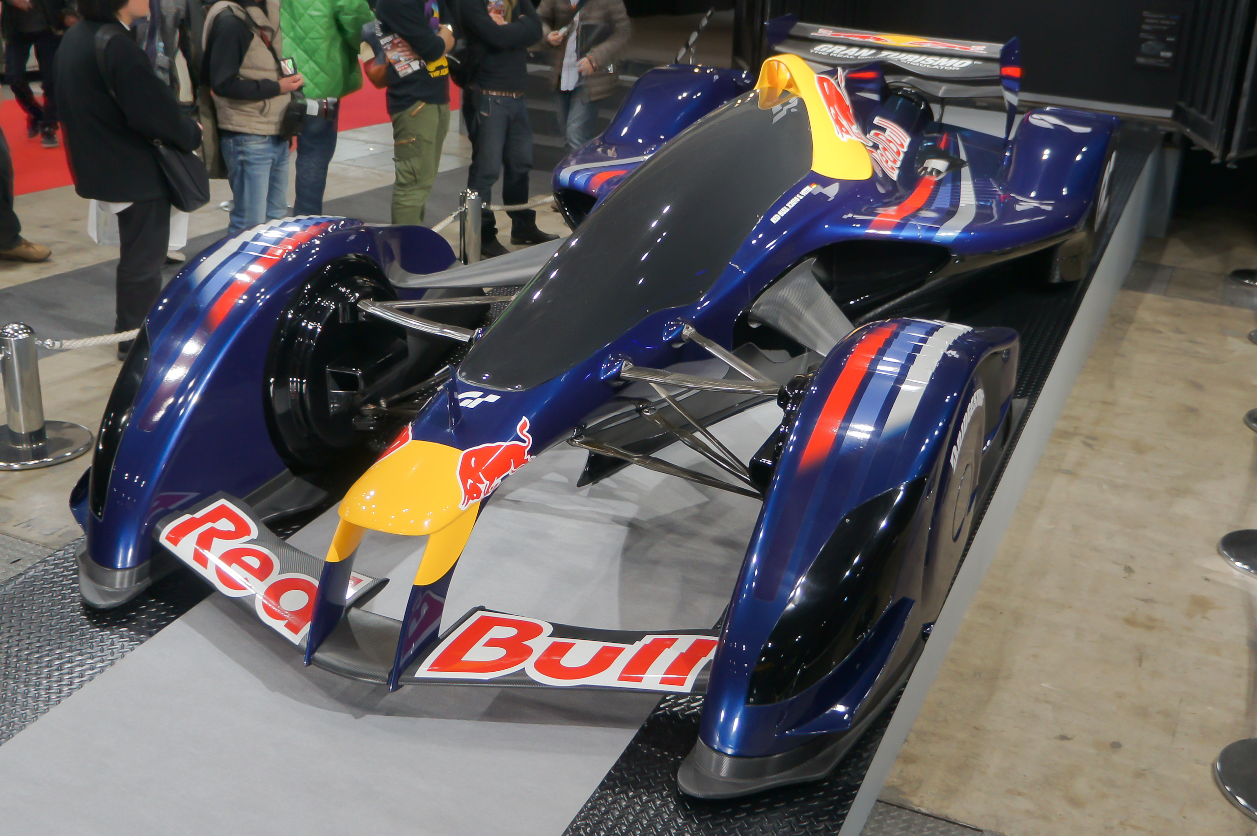 File:Red Bull X2010 front-left 2012 Tokyo Auto Salon.jpg - Wikimedia ...