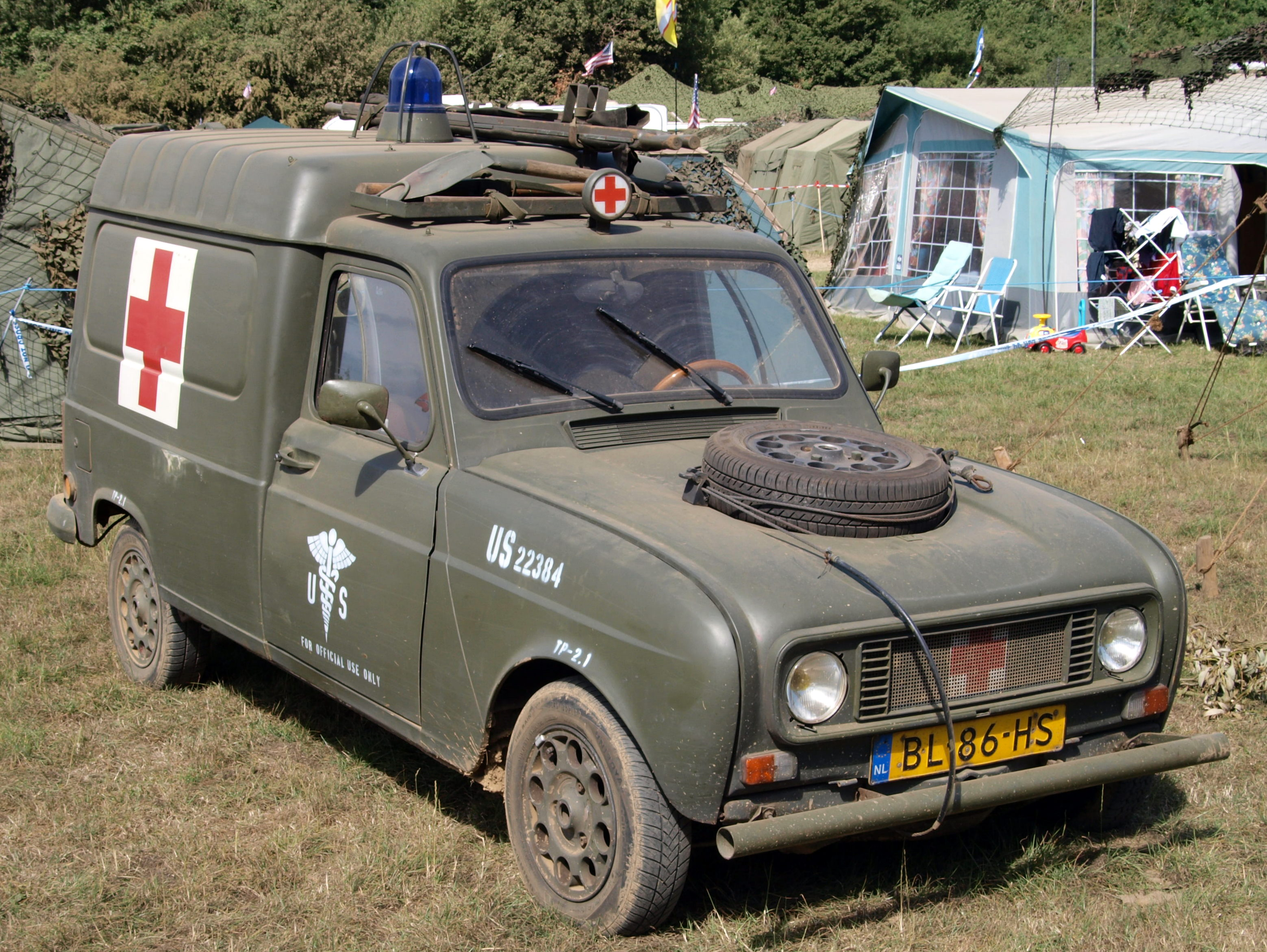 File Renault 4r6 Ambulance 1985 Owner Tjalf Van Schaik Pic1 Jpg Wikimedia Commons