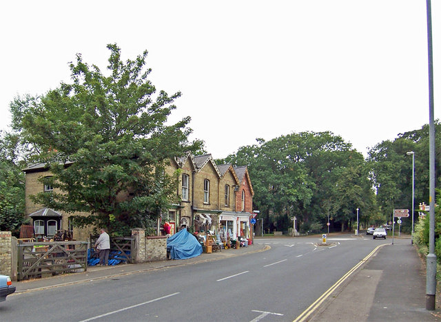 Road Junction, Woodhall Spa - geograph.org.uk - 549467