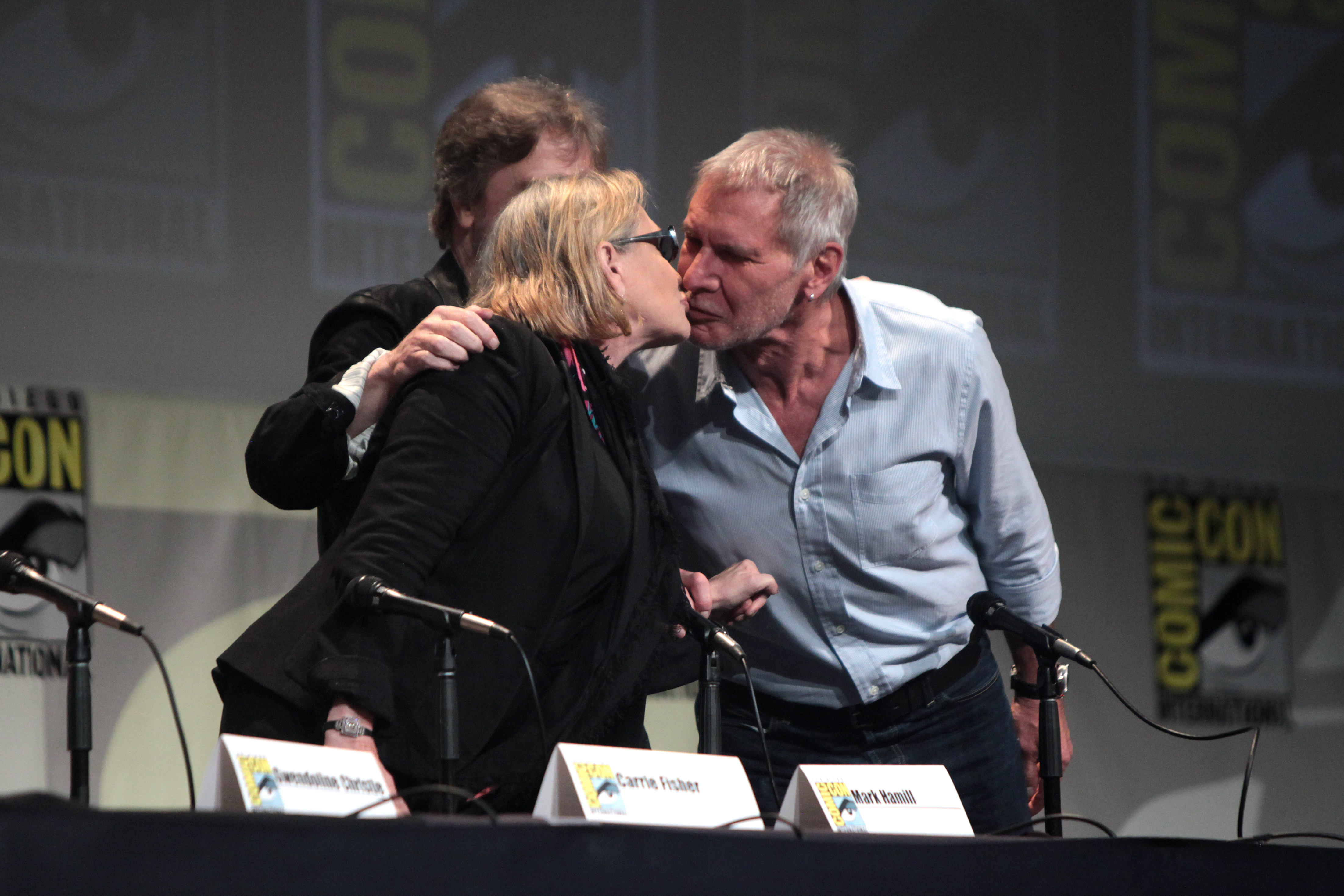 File Sdcc 2015 Carrie Fisher Mark Hamill Amp Harrison