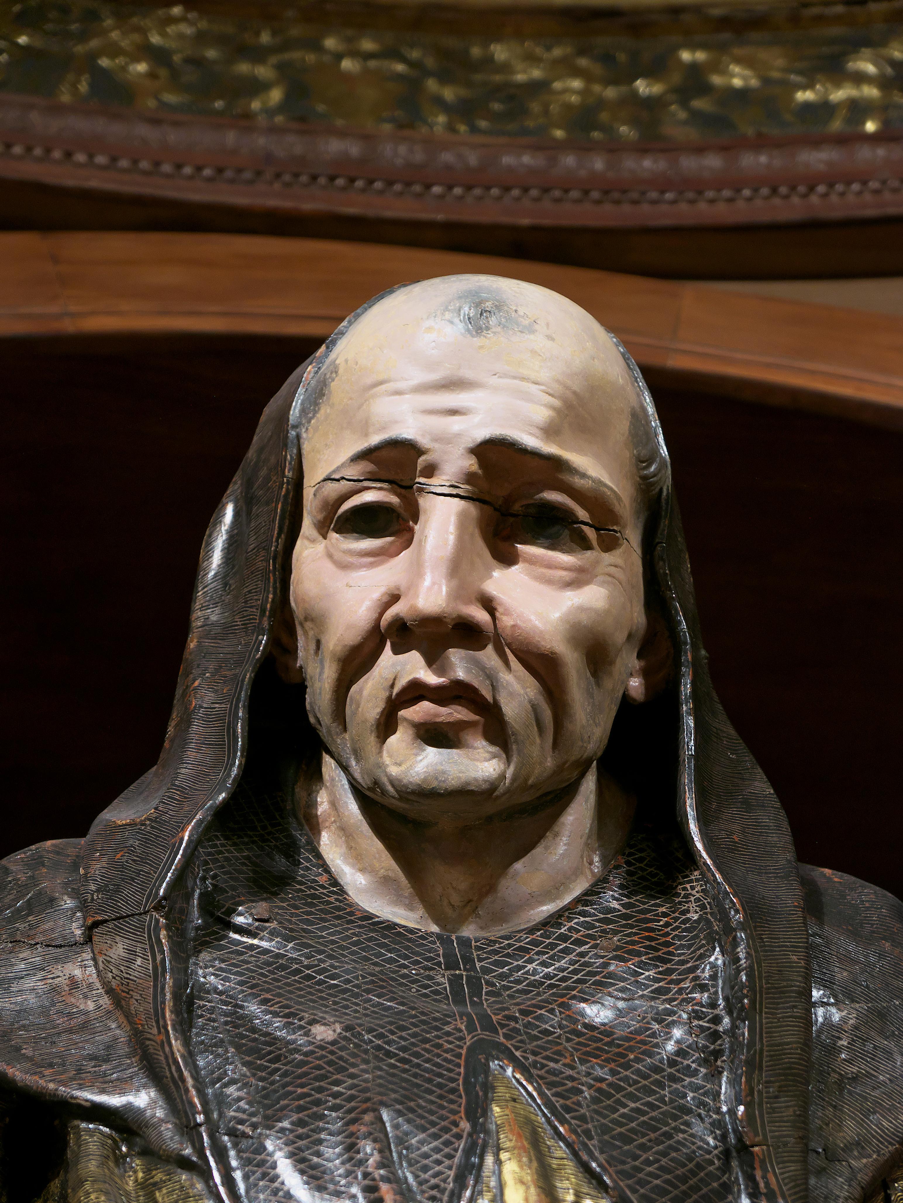 https://upload.wikimedia.org/wikipedia/commons/7/7f/San_Benito%2C_Alonso_Berruguete.jpg