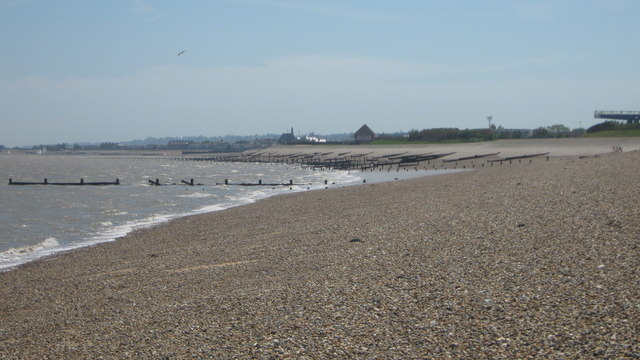 Sheerness Beach from close to Garrison Point - geograph.org.uk - 1333235