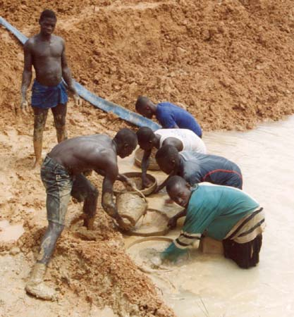 the conflict diamonds in sierra leone What is the kimberly process the flow of conflict diamonds has originated mainly from sierra leone, angola, democratic republic of congo, liberia, and ivory coast.