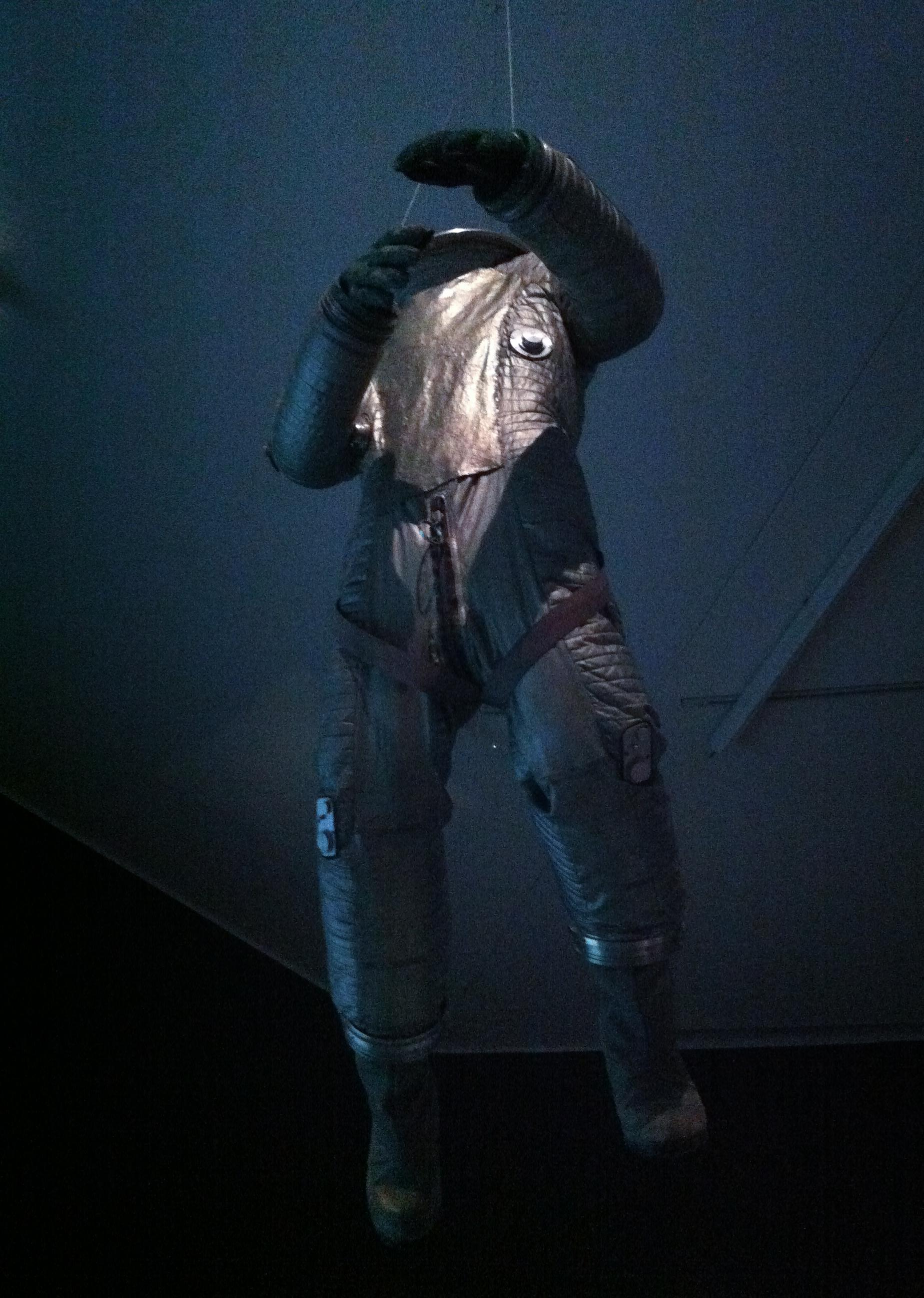 2001 space suit - photo #6